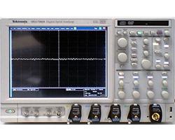 Tektronix デジタルシリアルアナライザ DSA70804